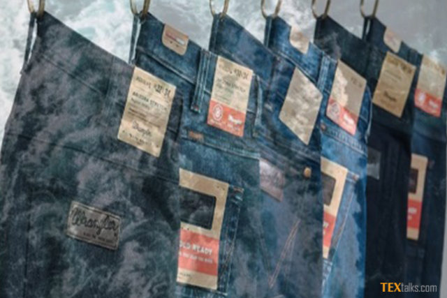 Foam-dyeing technology for denim industry